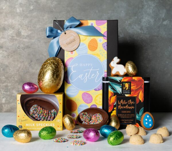 10x Chocolatier Hunting 15g Easter Eggs, Chocolatier Milk Chocolate Large Egg 100g, Adri's Easter Bunny & Egg Gingerbread Biscuits 30g