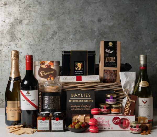 Premium Wine Gift Set. Gift Hampers from Gourmet Basket. Corporate gifts. Corporate hampers.